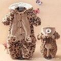 Bebé mameluco batas del bebé grueso acolchado de invierno abrigo y ropa de invierno recién nacido ropa para hombres y mujeres