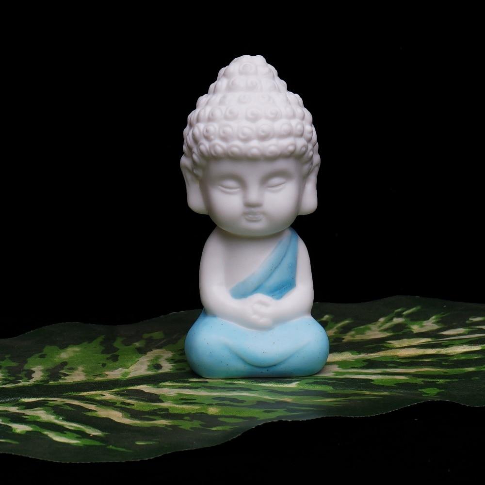 Small Buddha Statue Monk Figurine Tathagata India Yoga Mandala Tea Pet Purple Ceramic Crafts  Decorative Ceramic Ornaments