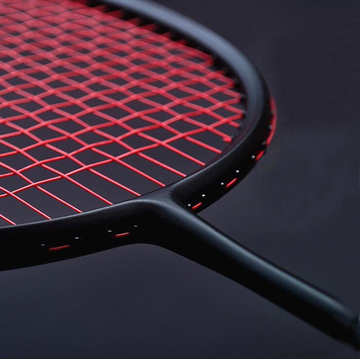 1 PC ZARSIA 4U 82g noir Badminton raquette, attaque/Vitesse/Contrôle/Tout-Rond qualité de Raquette de Badminton de carbone raquette