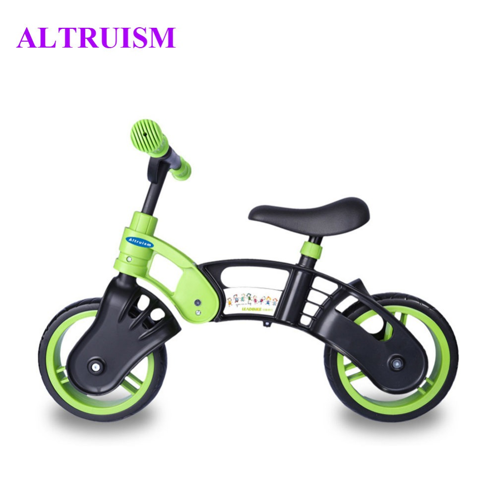 Bicycle for a child from 2 years: review of models, characteristics, rules of choice 29