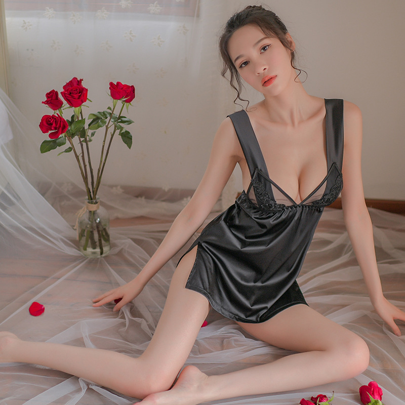 Yhotmeng sexy woman backless embroidered lace pajamas female milk silk deep V strap nightdress suit