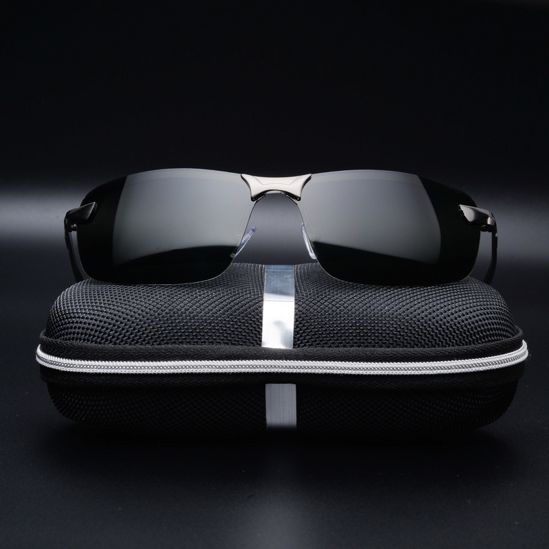 9937827a13 CHUN Metal Rimless Brand Designer Polarized Sunglasses Men Glasses Driving  Glasses Summer 2017 Eyewear Accessories Y8-in Sunglasses from Men s  Clothing ...