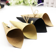 50pcs/lot Retro Kraft Paper Cones Bouquet Candy Chocolate Bags Boxes 15x15cm Wedding Party Gifts Packing with Tape Note Style