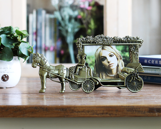 5 Inch Mini Photo Frames Vintage Picture Frames White Horse Carriage