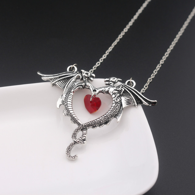 Vintage Necklace Jewelry Women Crystal Heart Necklace Dragon Necklaces 2
