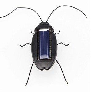 Novelty Toys Solar Cockroach E