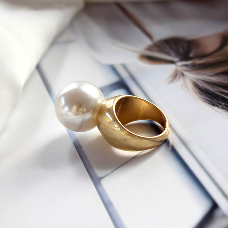 Round Pearl Ring  2