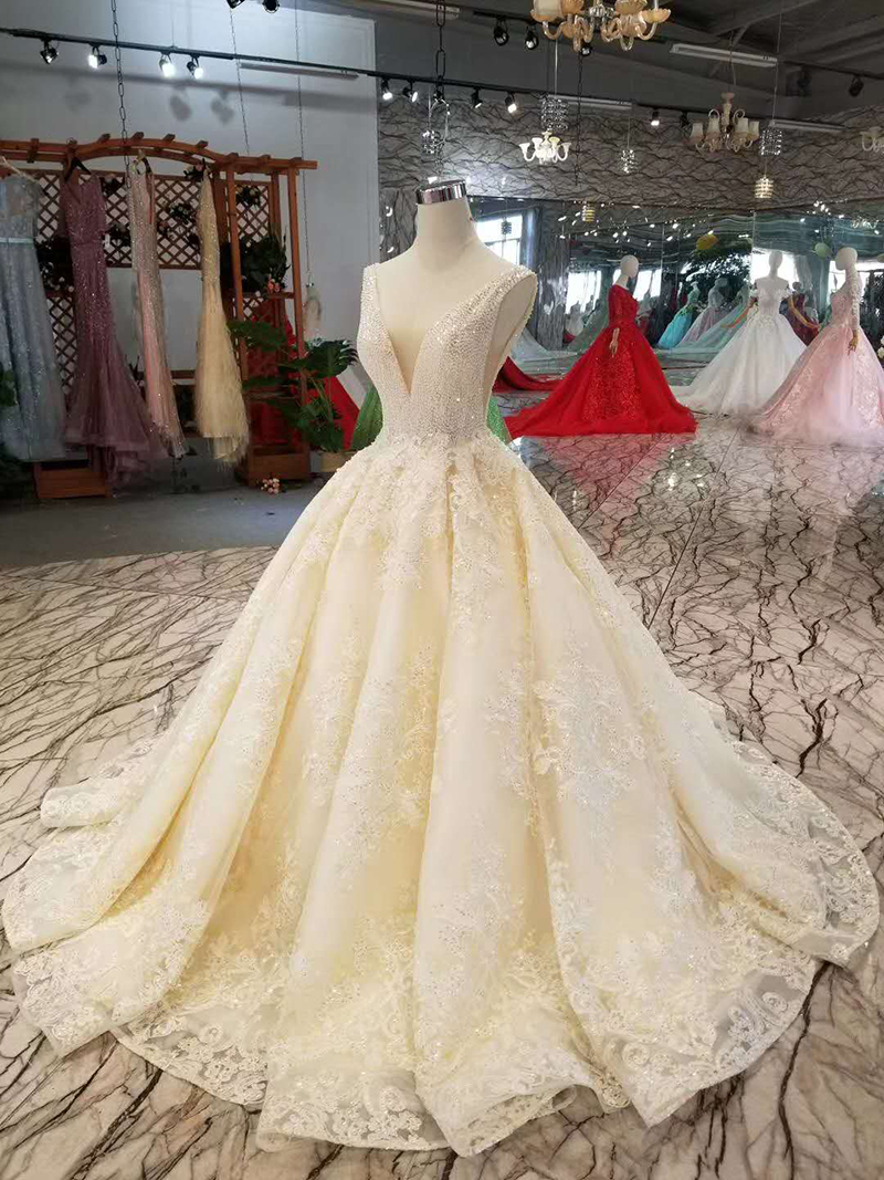 LSS1011 sexy sleeveless wedding dresses floor length appliques v back shiny beauty wedding gowns free shipping high quality-in Wedding Dresses from Weddings & Events    3