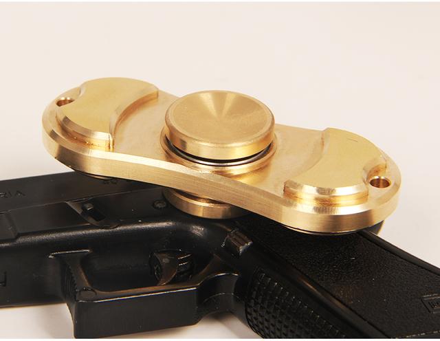2017 Venda Melhor Alcance Espiral Dedos Gyro Torq barra de Cobre Latão EDC Brinquedos para Presente de Aniversário Mão Girador giroscópio