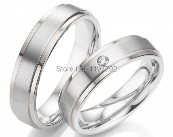 Ensembles d'anneaux de couples en titane de couleur argent simples sur mesure pour hommes et femmes