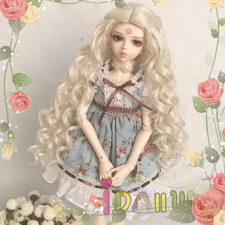 цена на Free Shipping Customable Blonde Long Deep Curly BJD Doll Wig 1/3 1/4 1/6 for Choice Heat Resistant Fiber can bear 180 degrees