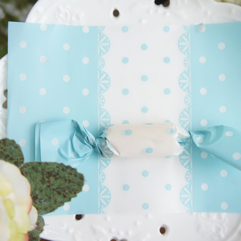 New 9125cm 100pcs Blue Lace Paper As Candy Chocolate Taffy Wrap