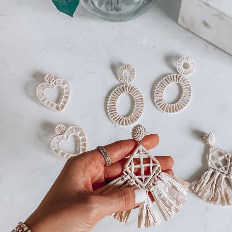 Dvacaman White Geometric Drop Earrings for Women Heart Round Tassel Girl Wedding Dangle Statement Earrings Jewelry Wholesale