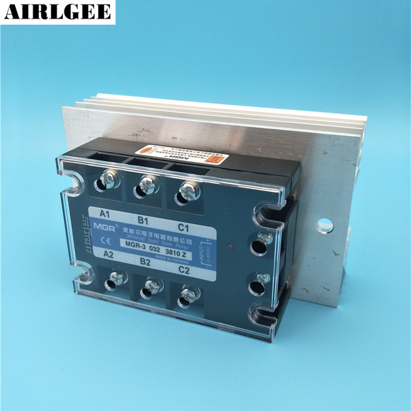 цена на High quality Control DC3-32V Load AC 380V 10A 3-Phase SSR DC Control AC Solid State Relay + Heat Sink