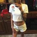 Mujeres Atractivas de la manera Corta Camiseta de Algodón Carta Rosa Impresión Hip Hop Calle Inconformista Punk Tops Tees