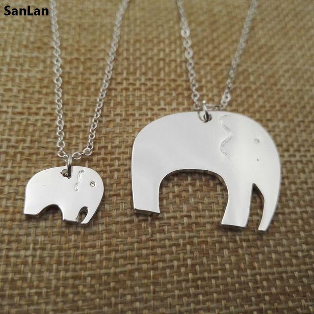 36ac063d8f3f Moda madre hija Collares mujeres animal joyería pendiente del collar del  elefante bebé de la mamá