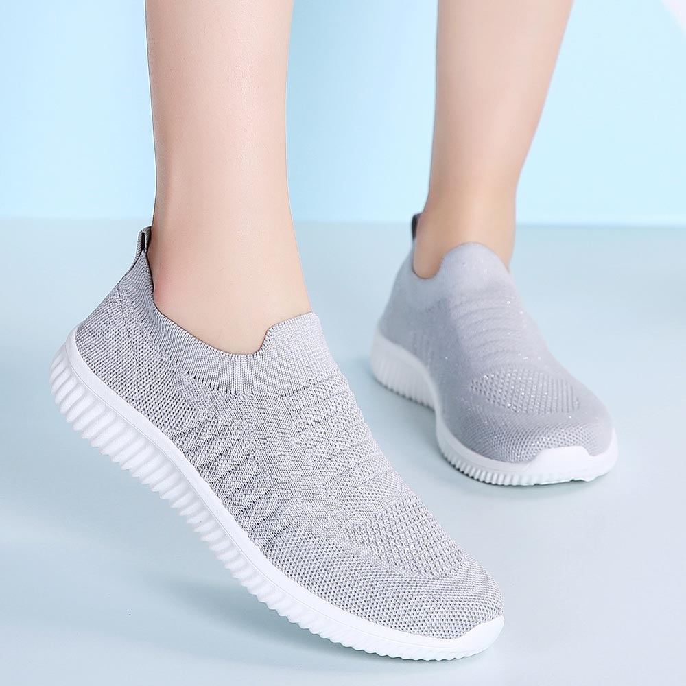 Big Size Slip-on Sneakers Socks Mesh Sports Shoes Lady Light Weight Women's Shoes T New 2019 Gray Sport Shoes Running Gym B-325