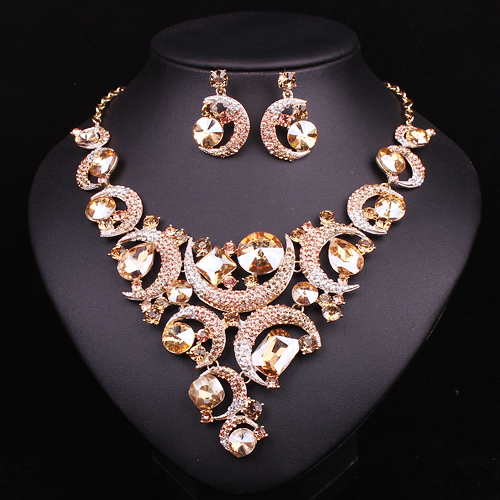 Jewelry & Accessories Beautiful Elegant Crystal Bridal Wedding Jewelry Sets Waterdrop Choker Necklace Earrings Set Wedding Bridal Accessories Fashionable Patterns