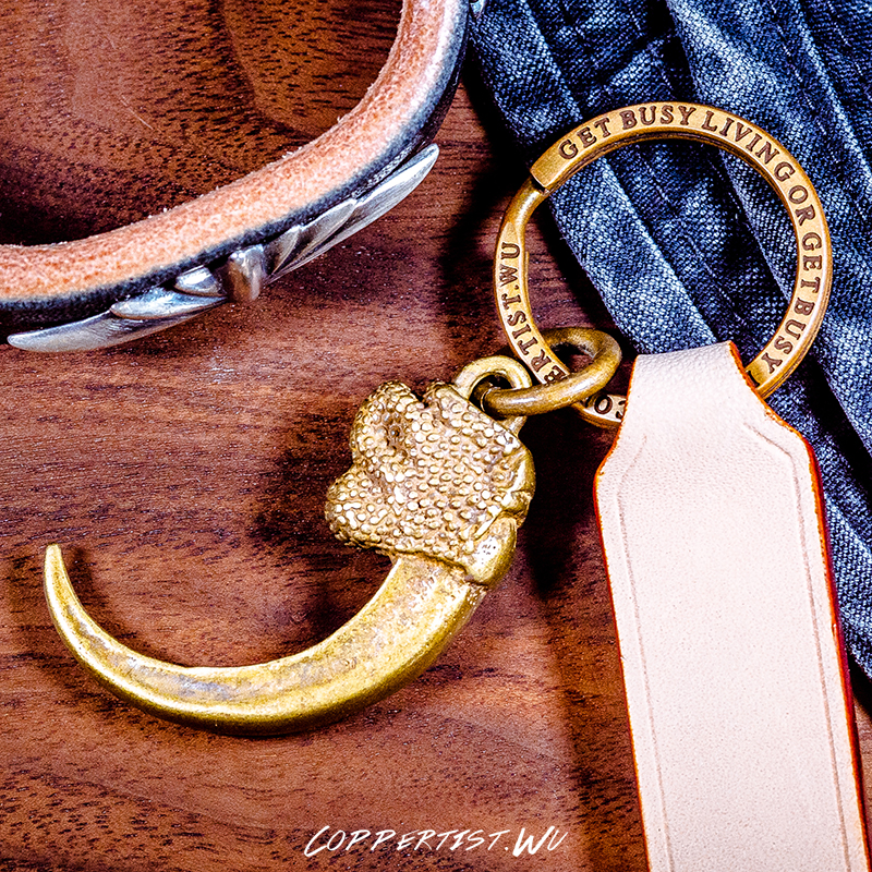 coppertist.wu talons of a falcon, hawk bronze keychain brass key chain gold fashion animal key ring broad paracord