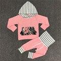 Niñas Otoño 2 Unids Ropa Set Sudaderas Con Capucha + Pantalones de Algodón de La Muchacha de Rayas de Moda Juegos de la muchacha Floral Sudadera Con Capucha 2017 Nueva C24