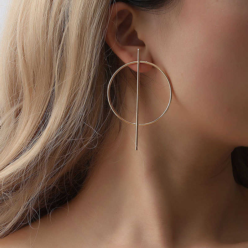 2019 Wholesale New Fashion Exaggerated Big Earrings for Women Circle Round Alloy Earrings Jewelry Halloween Gift
