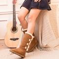 2017 estilo ug australia classic botas de invierno de las mujeres de cuero de gamuza botón de decoración botas botas de nieve más el tamaño us4-13 marca ivg