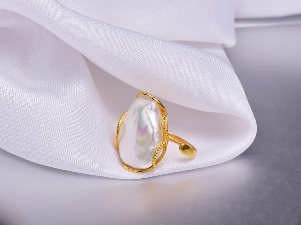 huge baroque pearl ring (2)