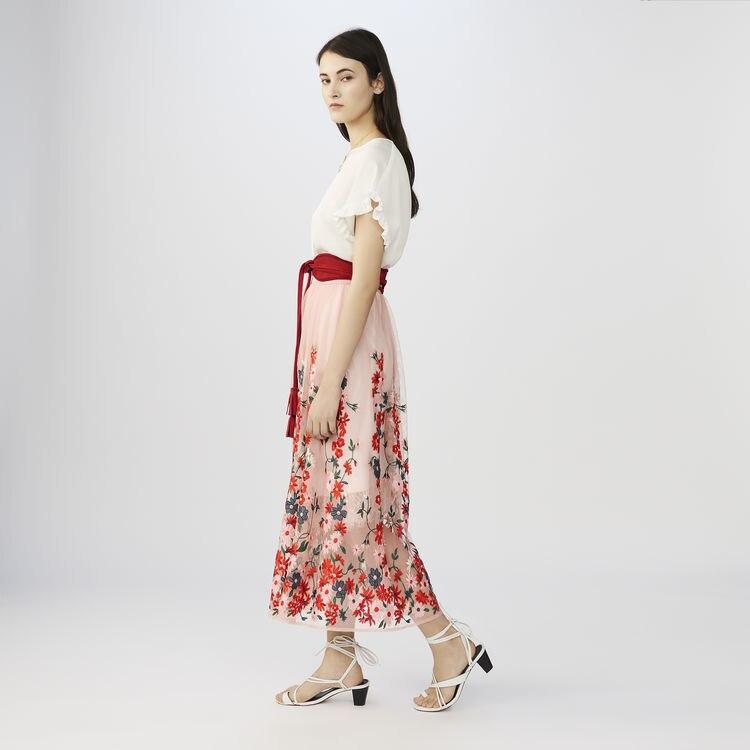 Kobiety spódnica 2019 wiosna i lato świeże pięć kolor haft kwiat siatka pół spódnica w Spódnice od Odzież damska na  Grupa 1