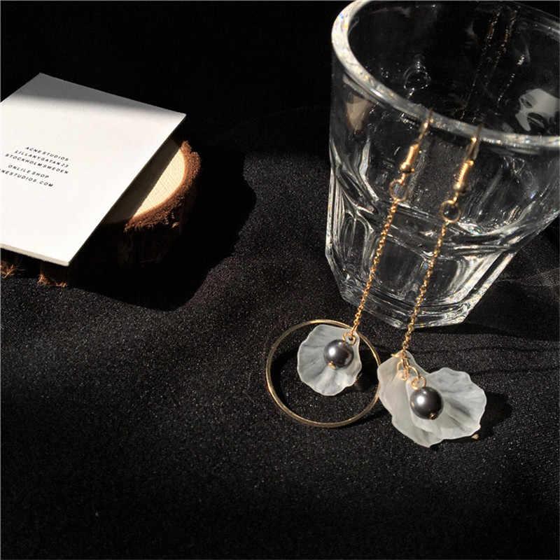 Meter are asymmetric frosted acrylic flower gray pearl earrings earrings temperament