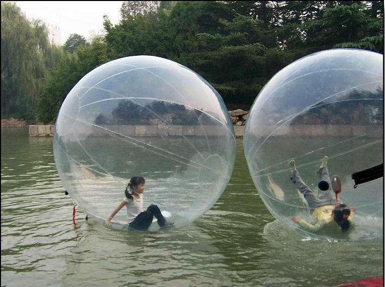 2018 nouveaux ballons d'eau noire, rouleaux d'eau, piscine gonflable et boule de marche de l'eau gonflable loisirs 2 M ballet dance ball