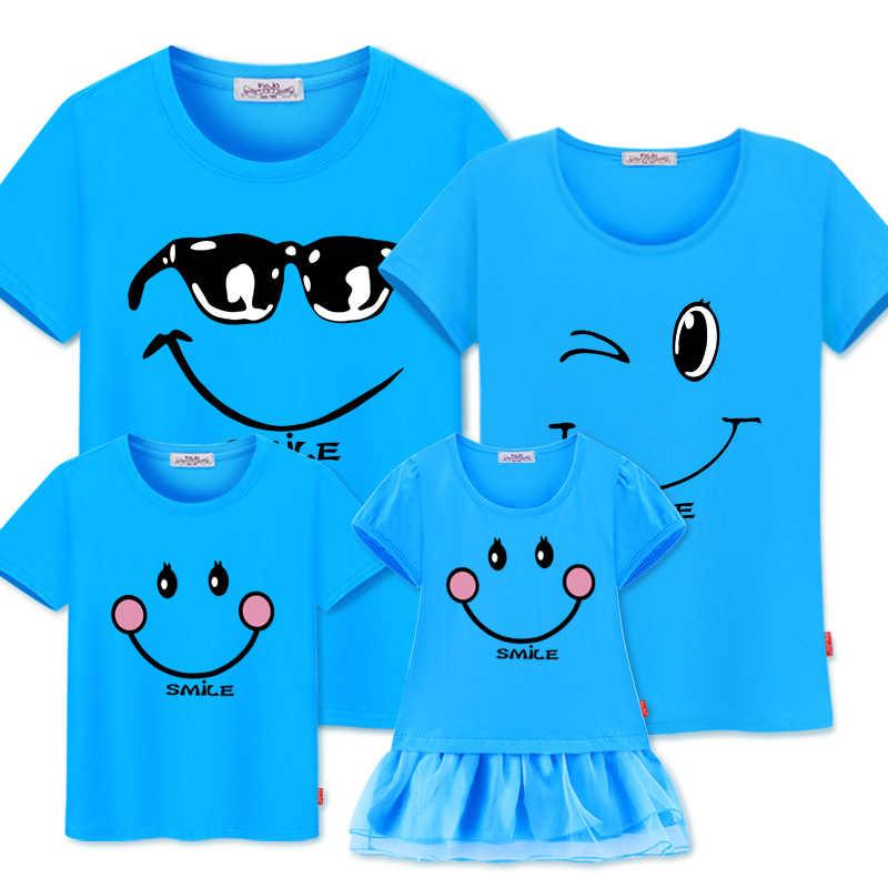Семейные комплекты, платья для мамы и дочки, хлопковые повседневные футболки, одежда для семьи, хлопковая одежда для мамы, папы и ребенка