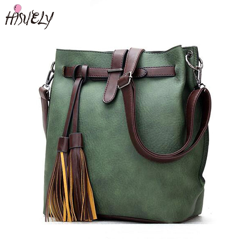HISUELY Hot Sale New Women PU Leather Handbags Tassel Fashion Designer Black Bucket Vintage Shoulder Bags Women Messenger Bag cheverolet monza ixo chevrolet car 1 43 model
