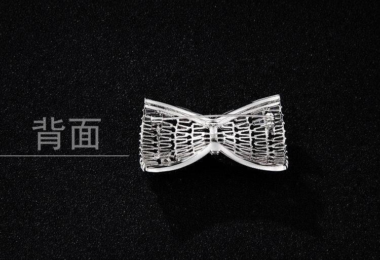 Cuivre cubique Zircon pierres bowknot collier femme vêtements barre broche broche châle cardigan délicate broches boucles