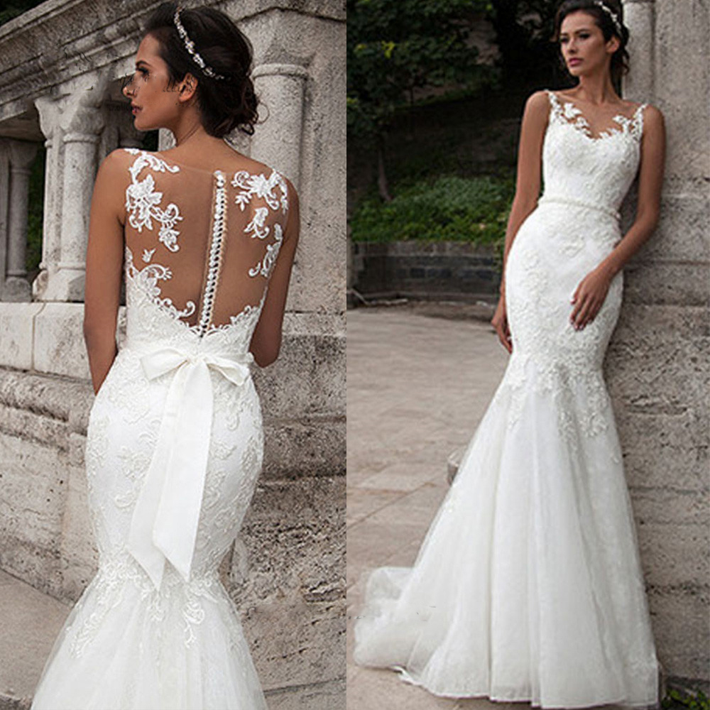 2019 Elegant Wedding Gowns Sweep Train Mermaid Lace Covered Button Bridal Dresses Pearls With Back Bow