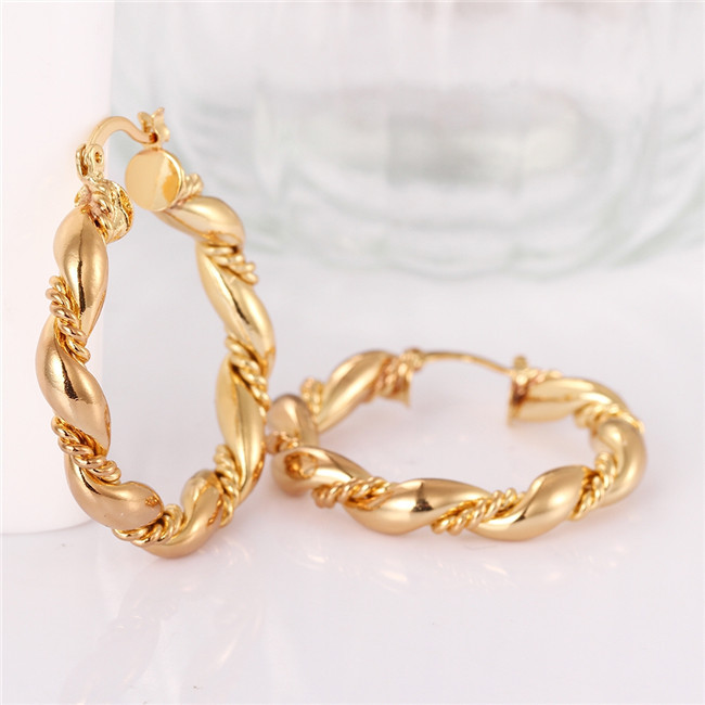 off women elegant fuck ice s sassy woman pin king earrings and gold