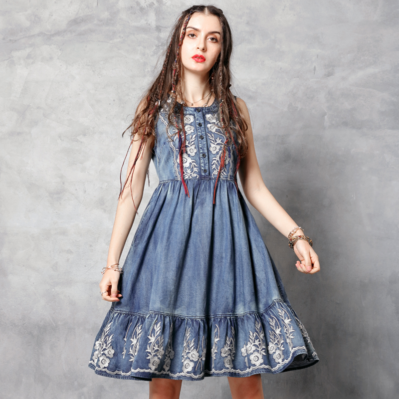 Vintage Summer Woman Tank Dress 2019 New Denim Women Dresses O Neck Vintage Flower Embroidery Sundress