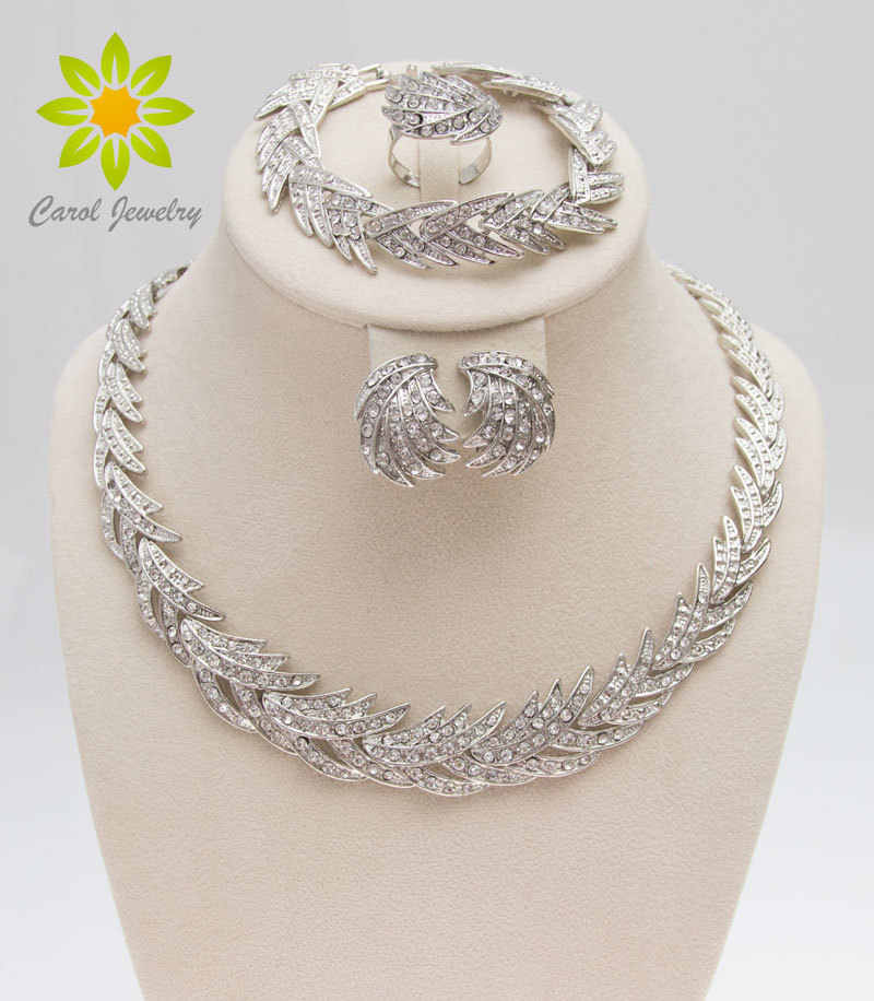 Free Shipping 2017 Leaves Shape Silver Plated Clear Crystal Jewelry Set New Fashion Wedding Bridal African Costume Jewelry Sets