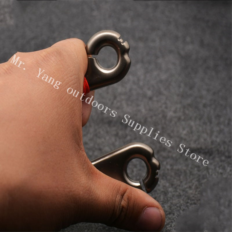 High Quality Pocket Fishing Hunting Slingshot Fishing Black Titanium Steel Slingshot Big Promotion Qholesale Sling Shot
