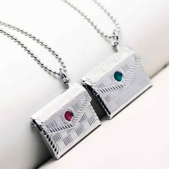 Creative Open Living Memory Locket Pendants Photo Frame Necklaces Jewelry For Women Secret Hiding Place Photo Necklace