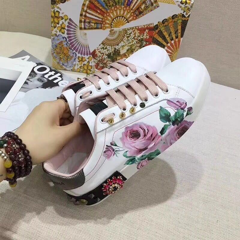 Luxe Rivets Plat forme Casual Nouveau Blanc Dames En as Décoration Sport De Cristal Show Chaussures Plate Show Cuir Femmes As Fleur BeCdxWro