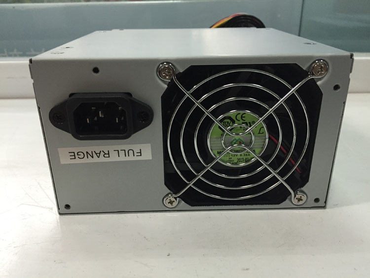 FSP550 63PLN desktop computer server power supply rated 550W switching power supply