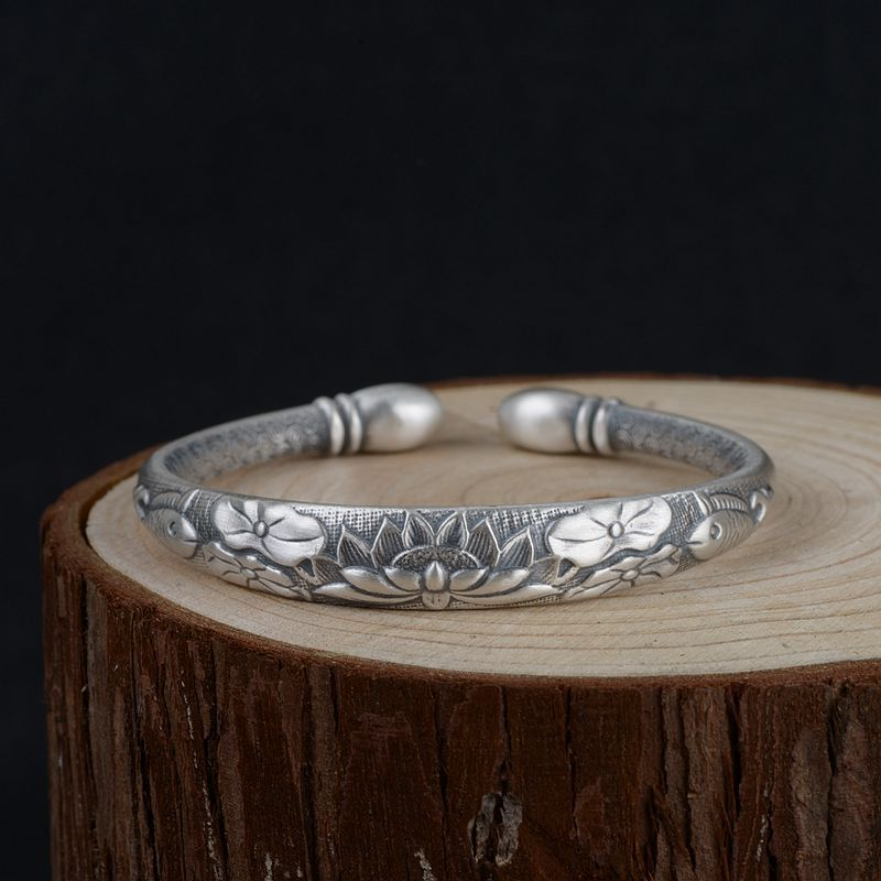 Real Pure 990 Sterling Silver Bangles For Women Lotus Engraved Opening Type Mantra Six Words Tibetan Buddhism JewelryReal Pure 990 Sterling Silver Bangles For Women Lotus Engraved Opening Type Mantra Six Words Tibetan Buddhism Jewelry