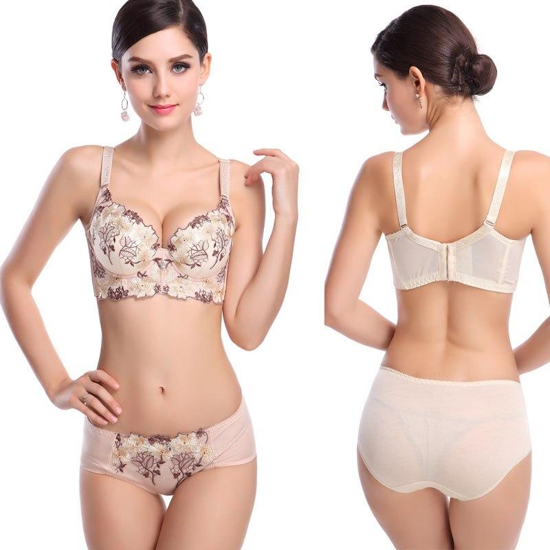 Aliexpress.com Comprar Empuja hacia arriba la ropa interior para mujer  gruesa abc taza sexy profundo escote en v bordado de la chica joven  conjunto bras