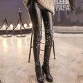 Imitação de Couro Leggings Sexy Slim Patchwork Rebites Temperamento Couro PU Moda das Calças para Mulheres Leggings De Veludo Quente