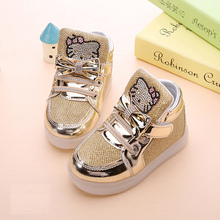 Children cartoon KT casual shoes new network hollow breathable sports shoes girls flashing LED fashion glowing