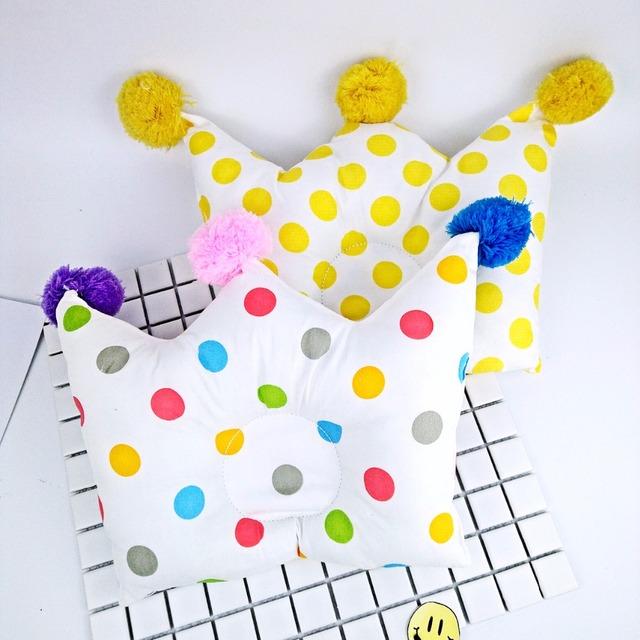 Coroa Travesseiro Do Bebê Moldar Travesseiro Do Bebê recém-nascido Dos Desenhos Animados Bola Criança Posicionador Anti Rolo Cabeça Proteção Travesseiro Almofada Plana Bebe
