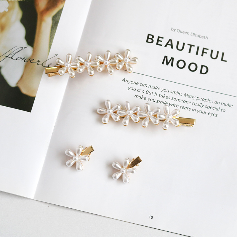 Fashion Alloy Pearl Flower Hair Clips Girls Barrette Decoration Hairpins Styling Tool Ornament Party Decoration Hair Accessories