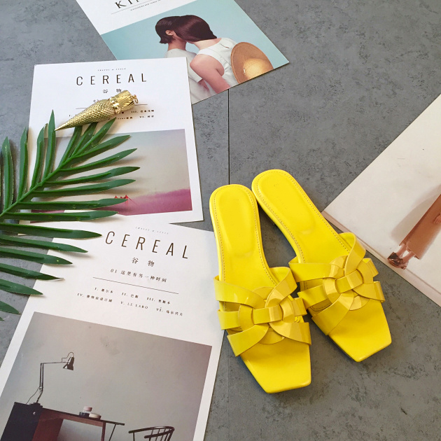 Designer shoes women luxury 2018 Summer beach patent leather ladies sandals flip flops slides mules yellow red causal slippers flats slippers suede pink sandals mary jane genuine leather pointy summer slides designer shoes women luxury 2018 mules gray