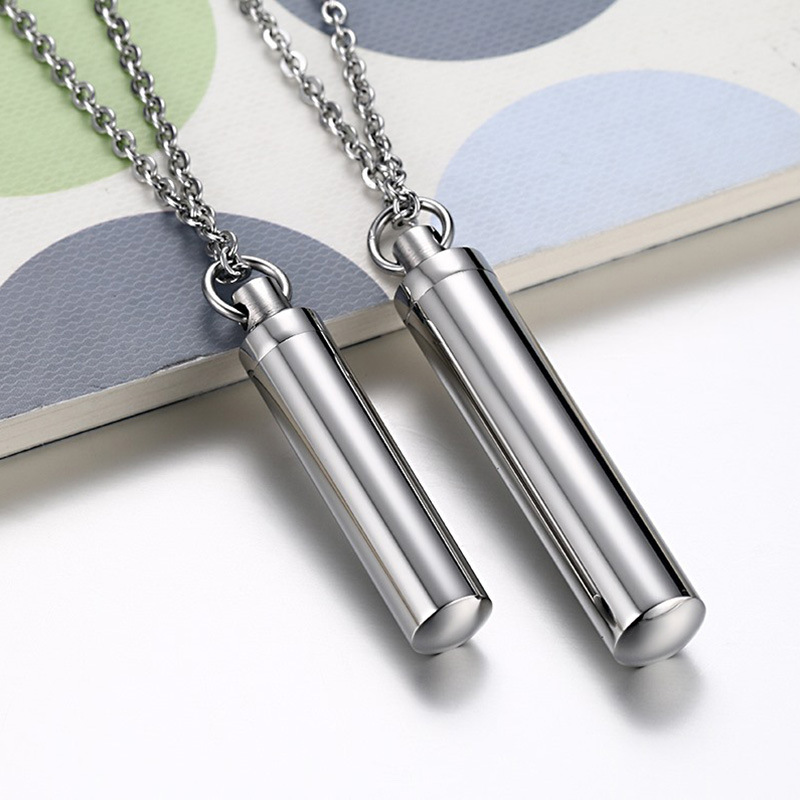 Fashion 2 Size Couple Perfume Bottle Necklaces For Women Men Charm Necklaces Pendants Jewelry 2018