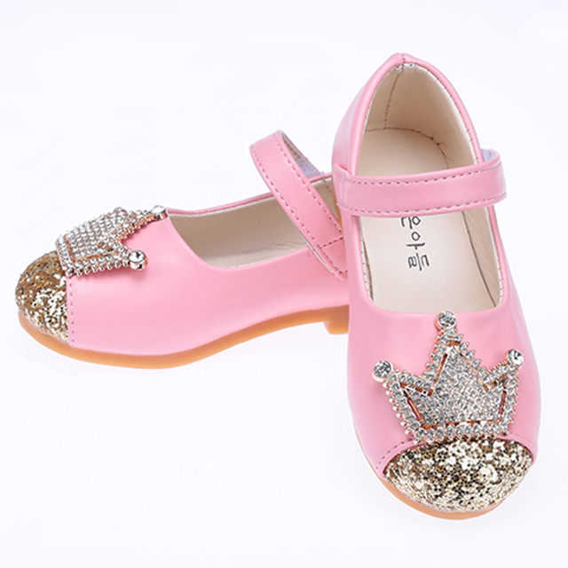 WENDYWU Girls Shoes New 2017 Autumn Fashion Rhinestone Crown Girl Party Shoes Solid Pretty Round Princess Children Shoes